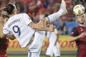 Pha làm bàn 'không tưởng' của Ibrahimovic tại Mỹ