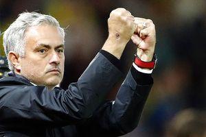 Hạ gục 'hiện tượng' Premier League, Mourinho vẫn… không vui