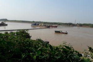 Luồng sông Đuống bị đóng 10 ngày do hạ ống ngầm kéo dài