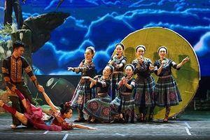 Biên đạo múa Tuyết Minh đầu tư tiền tỷ đưa 'Vợ chồng A Phủ' về phố