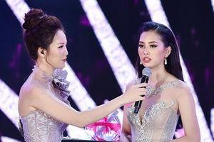 Phần thi ứng xử Hoa hậu Việt Nam 2018 gây tranh cãi vì 'cách mạng 4.0'