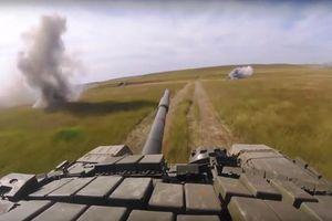 Xem xe tăng Nga xả đạn tại hiện trường cuộc tập trận Vostok 2018