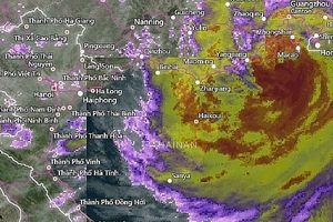 Siêu bão Mangkhut suy yếu thành áp thấp nhiệt đới