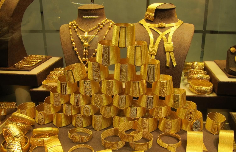 Giá vàng chốt phiên 17/9: Giá vàng SJC thận trọng dù giá vàng thế giới tăng cao