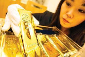 Đầu tuần, giá vàng trong nước tụt dốc