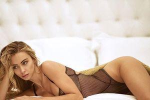 Mỹ nhân xinh như Hoa hậu tung 'ảnh nóng' mừng Ronaldo 'khai hỏa'