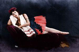 Đẹp mê mẩn chân dung phụ nữ Nga đầu thế kỷ 20