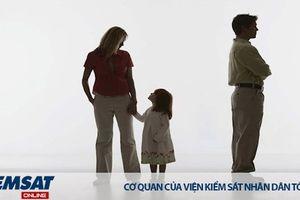 Tòa án có giải quyết việc nuôi con chung khi vợ chồng ly hôn lần thứ hai?