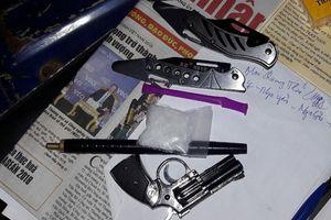 Bắt giữ 9X buôn bán ma túy đá, sử dụng súng bút tự chế