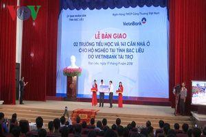 Bạc Liêu tiếp nhận 2 trường Tiểu học và 141 căn nhà dành cho hộ nghèo