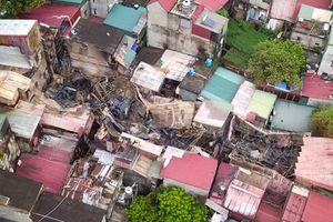 Toàn cnh t trên cao hin trng v cháy kinh hoàng gn BV Nhi Hà Ni