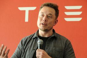 Thợ lặn giải cứu đội bóng Thái kiện tỉ phú Elon Musk vì lăng mạ