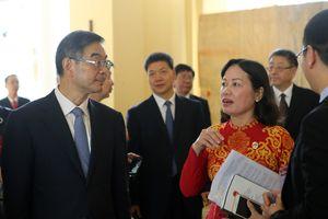 Đoàn đại biểu TAND tối cao Trung Quốc thăm và làm việc tại TAND TP.HCM
