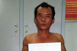 Ghen tuông, chồng giết vợ ngay trước mặt con trai 5 tuổi