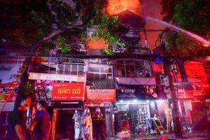 19 nhà bị cháy gần Bệnh viện Nhi: Phong tỏa hiện trường, đang điều tra nguyên nhân