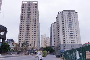 Hà Nội: Người dân tại chung cư Văn Khê bị ép mua nước sinh hoạt qua trung gian?