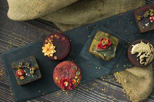 5 loại bánh Trung thu 'đắt đỏ' hút người mua vì mùi vị lạ
