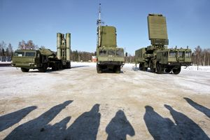 Ấn Độ 'chắc kèo' mua tên lửa S-400 từ Nga bất chấp Mỹ cấm vận