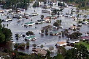 Số người thiệt mạng trong bão Florence tăng cao