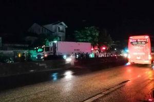 Sang đường bất cẩn, người đàn ông bị xe tải tông tử vong