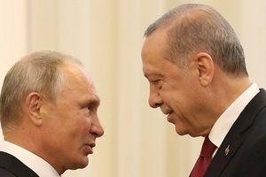 Nga cho Thổ Nhĩ Kỳ 1 tháng 'cân não' ở Idlib trước khi động thủ?