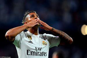 Sao trẻ kế thừa áo số 7 của Ronaldo ghi bàn, Real thắng đậm Roma