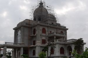 TP. Ninh Bình: Nhiều công trình 'khủng' có dấu hiệu phá vỡ quy hoạch!