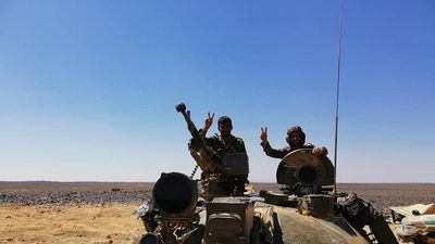 Quân đội Syria nghiền nát IS tập kích mở đường máu tại 'nồi hầm' Sweida