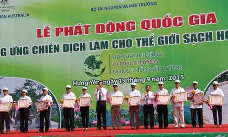 Viet Nam huong ung Chien dich Lam cho the gioi sach hon nam 2015 - Anh 2