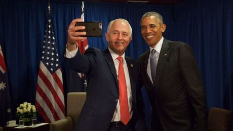 Thu tuong Uc chup anh selfie tam biet Tong thong Obama - Anh 1