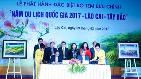 Phat hanh bo tem 'Nam du lich quoc gia 2017–Lao Cai – Tay Bac' - Anh 1