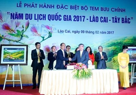 Phat hanh bo tem 'Nam du lich quoc gia 2017–Lao Cai – Tay Bac' - Anh 2