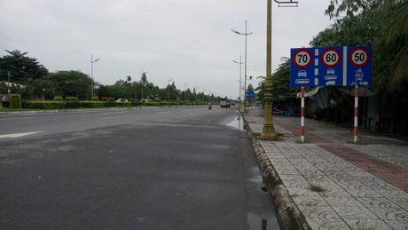Cong an dua ra bang chung xe cho Tuong Liem qua toc do - Anh 2