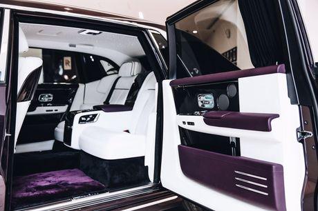 Rolls-Royce Phantom 2018 chinh thuc co mat tai cac dai ly o London - Anh 5