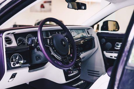 Rolls-Royce Phantom 2018 chinh thuc co mat tai cac dai ly o London - Anh 7