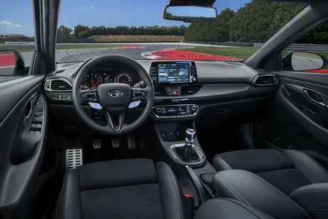 Hyundai i30 N 2017 chốt giá bán 757 triệu đồng