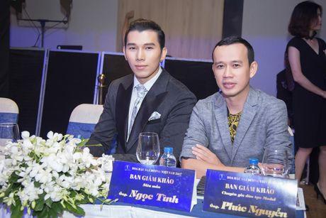 Sieu mau Ngoc Tinh ngoi ghe giam khao cuoc thi Nam Vuong Dai su Hoan vu 2017 - Anh 6