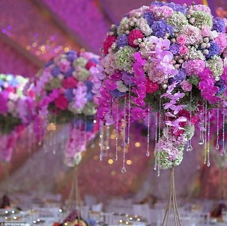 Thien duong hoa trong dam cuoi trieu do cua thieu gia Nga - Anh 4