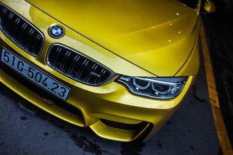 Hinh anh BMW M4 Coupe 'mau doc' Yellow Austin dao pho Sai Gon - Anh 3
