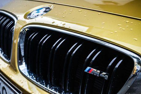 Hinh anh BMW M4 Coupe 'mau doc' Yellow Austin dao pho Sai Gon - Anh 5