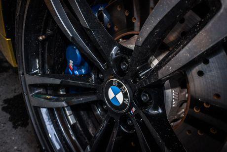 Hinh anh BMW M4 Coupe 'mau doc' Yellow Austin dao pho Sai Gon - Anh 9