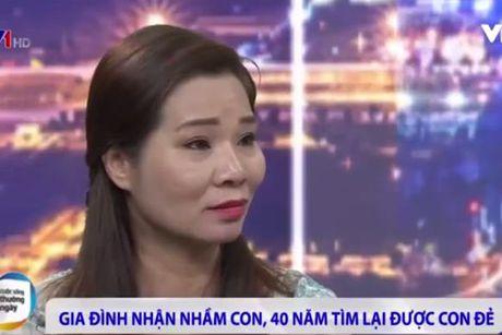 Me tim thay con sau 42 nam bi trao nham o nha ho sinh Ha Noi - Anh 1