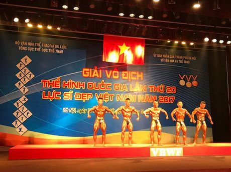Luc si Pham Van Mach tuot HCV giai vo dich The hinh quoc gia nam 2017 - Anh 1